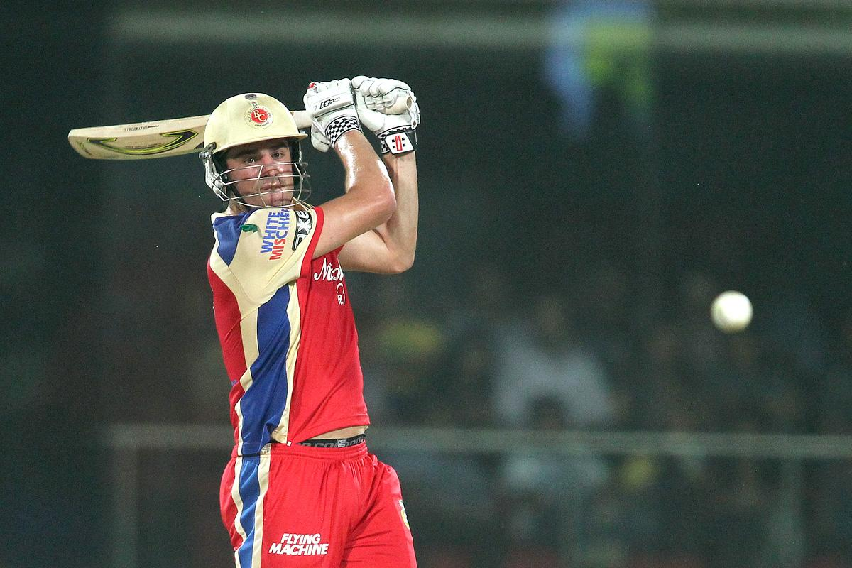 Moises Henriques of the Royal Challengers Bangalore attacks a delivery during match 57 of the Pepsi Indian Premier League between Delhi Daredevils and the Royal Challengers Bangalore held at the Feroz Shah Kotla Stadium, Delhi on the 10th May 2013. (BCCI)