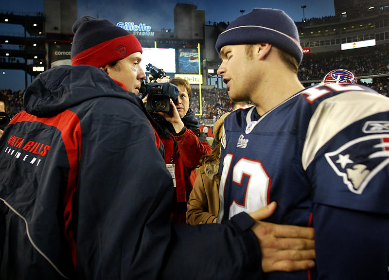 Bills QB Drew Bledsoe congratulates Tom Brady following the Patriots' win in 2003. (Getty Images)