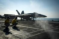US naval ships head toward Korean Peninsula: official