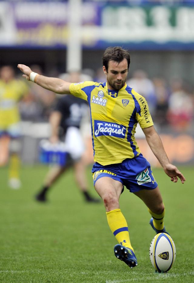 Clermont's French scrum-half Morgan Parra hits a penalty kick during the French Top 14 rugby union match ASM Clermont Auvergne vs. Brive on May 12, 2012 at the Marcel Michelin stadium in the French central city of Clermont-Ferrand. AFP PHOTO / THIERRY ZOCCOLANTHIERRY ZOCCOLAN/AFP/GettyImages