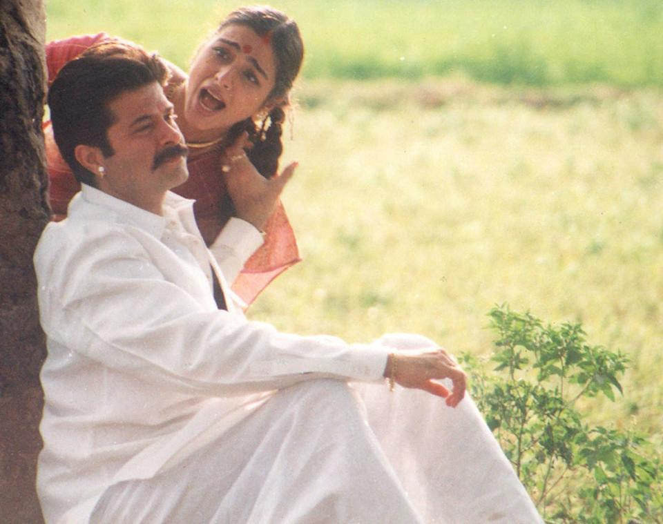<em>Visarat </em>was nominated for nine Filmfare awards and took home seven of them, including, <em>Best Film (Critics), Best Actor (Critics), and Best Actress (Critics)</em>. It also introduced Pooja Batra to the industry who had a short span in Bollywood later. The film aimed to convey a social message, which, even after two decades of its release, stays relevant - employ education uplift uneducated people.