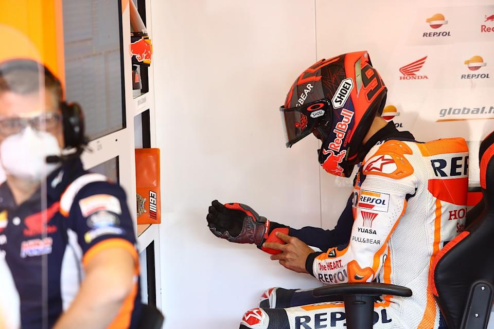 Marquez broke plate in his arm opening window