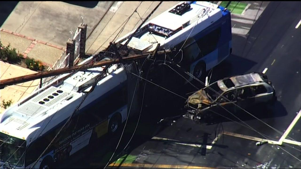No one injured in fiery VTA bus crash with SUV in San Jose