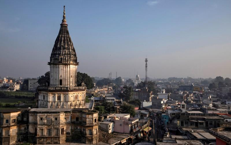 Indian Muslims to pursue review of Hindu temple site ruling
