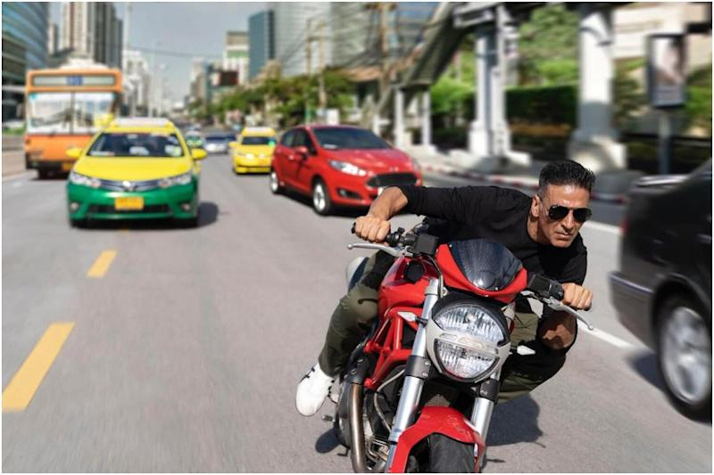 Akshay Kumar in a BTS still from Sooryavanshi, courtesy of Twitter