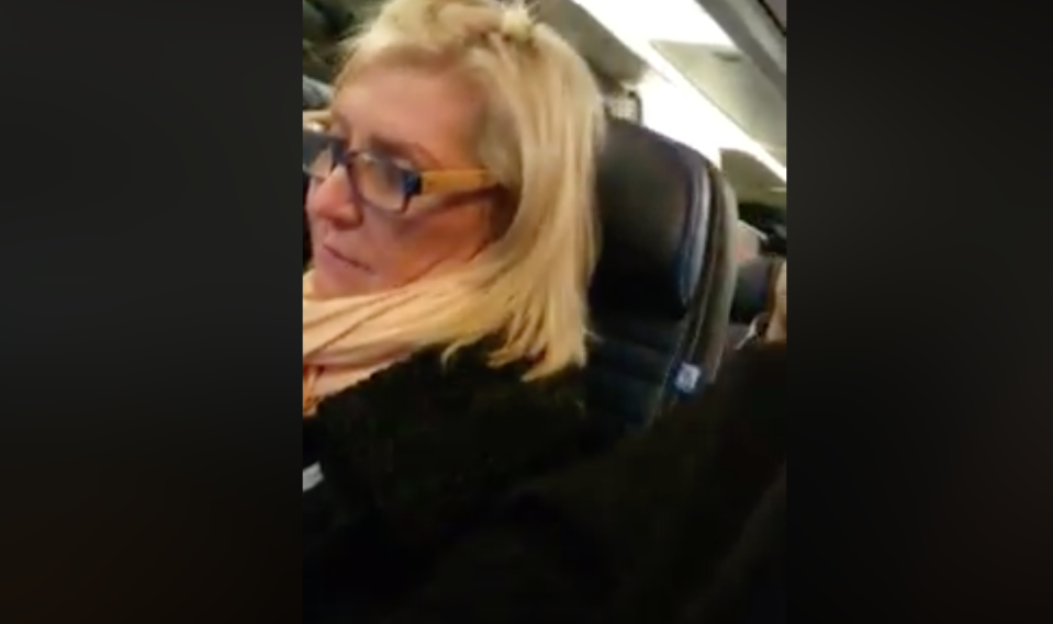 """A United Airlines passenger was caught on video loudly complaining about her seatmates, whom she called """"so big."""" (Photo: Facebook)"""