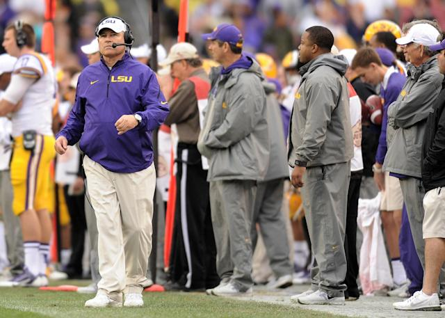 Les Miles agrees with athletic director's comments about SEC schedule being unfair