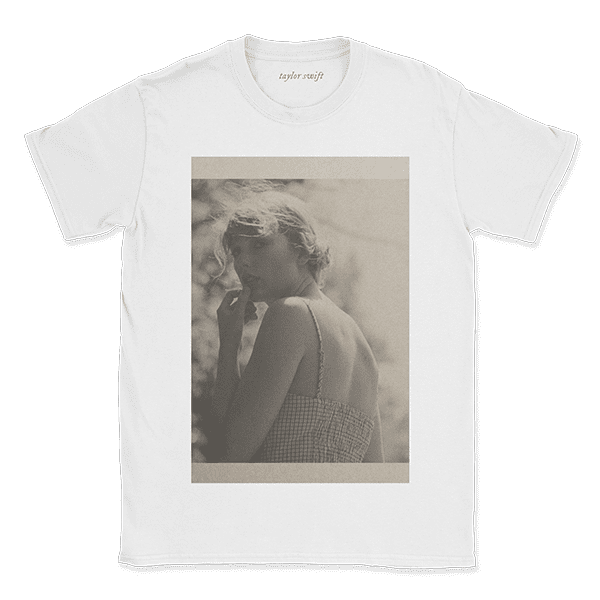 """<p><span>Taylor Swift """"I Knew You"""" T-Shirt and Standard Digital Album</span> ($30)</p>"""