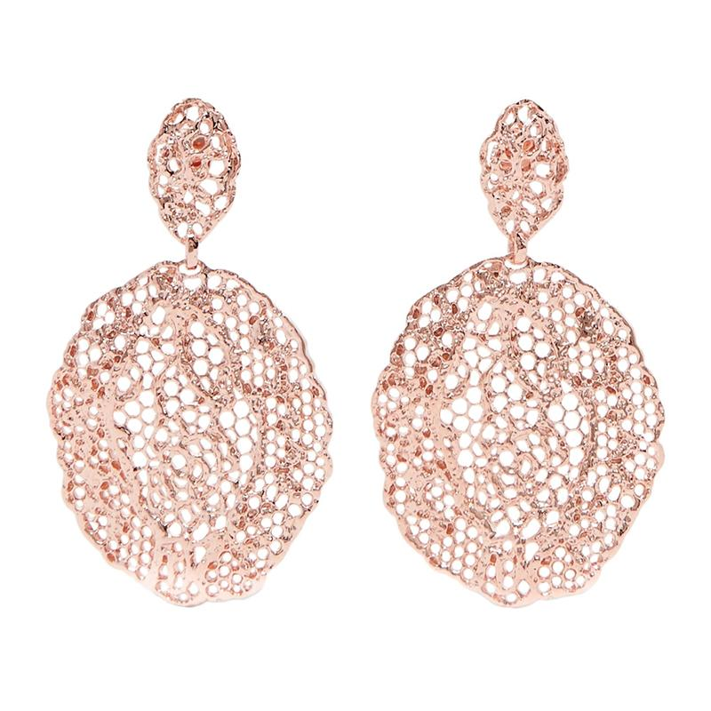 "<a rel=""nofollow"" href=""http://rstyle.me/~9TvsV"">Lace Rose Gold-Plated Earrings, Aurélie Bidermann, $415</a>"