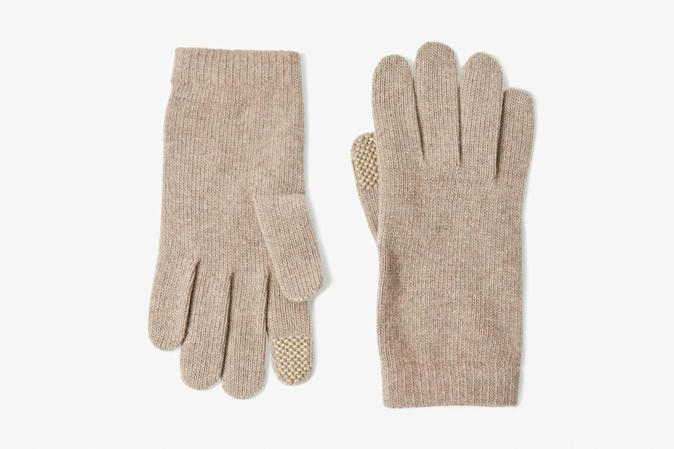 """Having to constantly take off your gloves to navigate Google maps in a new place gets old (and cold) very quickly. Stay plugged in without getting frosty fingers with these warm cashmere gloves, which feature strategically placed, touchscreen-friendly stitching on the index fingers for easy swiping. $38, Aritzia. <a href=""""https://www.aritzia.com/us/en/product/cashmere-tech-gloves/70111.html?dwvar_70111_color=15140"""" rel=""""nofollow noopener"""" target=""""_blank"""" data-ylk=""""slk:Get it now!"""" class=""""link rapid-noclick-resp"""">Get it now!</a>"""