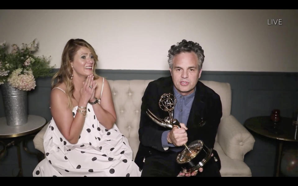 """THE 72ND EMMY® AWARDS - Hosted by Jimmy Kimmel, the """"72nd Emmy® Awards"""" will broadcast SUNDAY, SEPT. 20 (8:00 p.m. EDT/6:00 p.m. MDT/5:00 p.m. PDT), on ABC. (ABC via Getty Images)MARK RUFFALO"""