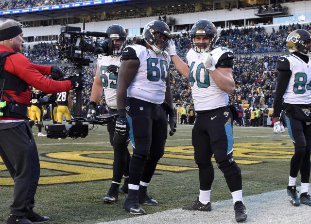 Jacksonville fullback Tommy Bohanon, who scored his team's last TD of the game, and the Jaguars held off the Pittsburgh Steelers and are headed to the AFC championship game. (AP)