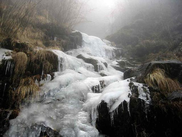 "Frozen waterfall in Sikkim <br>By <a href=""https://www.flickr.com/photos/tataimitra/"" rel=""nofollow noopener"" target=""_blank"" data-ylk=""slk:R Mitra"" class=""link rapid-noclick-resp"">R Mitra</a>"