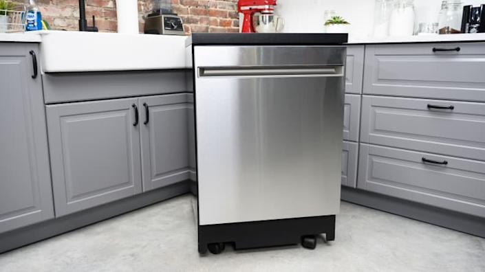 This GE model is the best portable dishwasher you can buy.