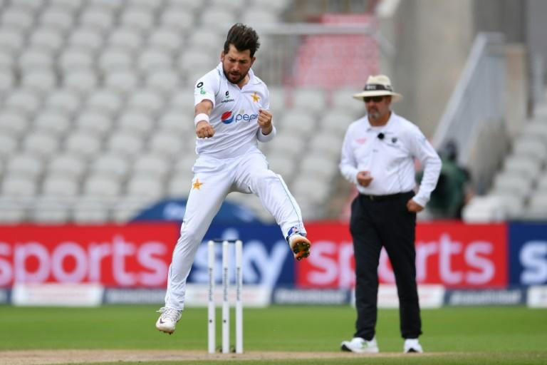 Mushtaq backs 'lethal' Pakistan leg-spinners against England