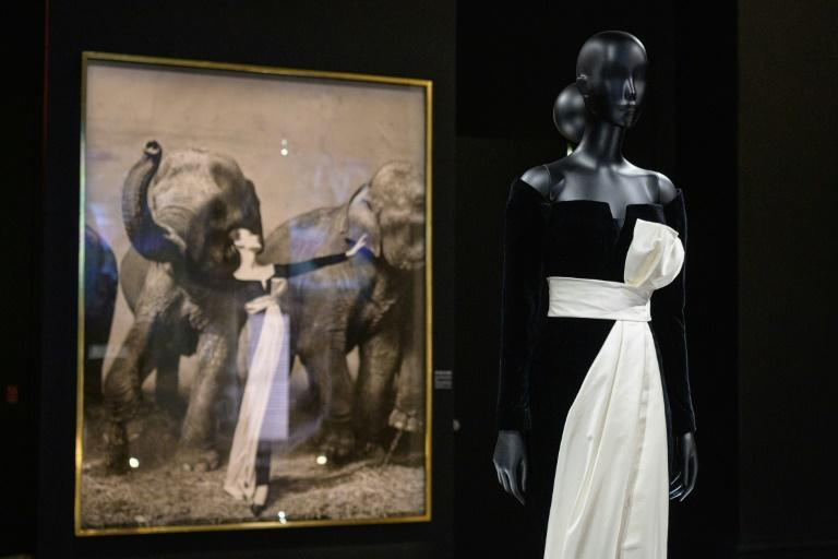 """Creations by French fashion designer Christian Dior on display at the """"Designer of Dreams"""" exhibition at the Brooklyn Museum in New York, on September 7, 2021 (AFP/Angela Weiss)"""