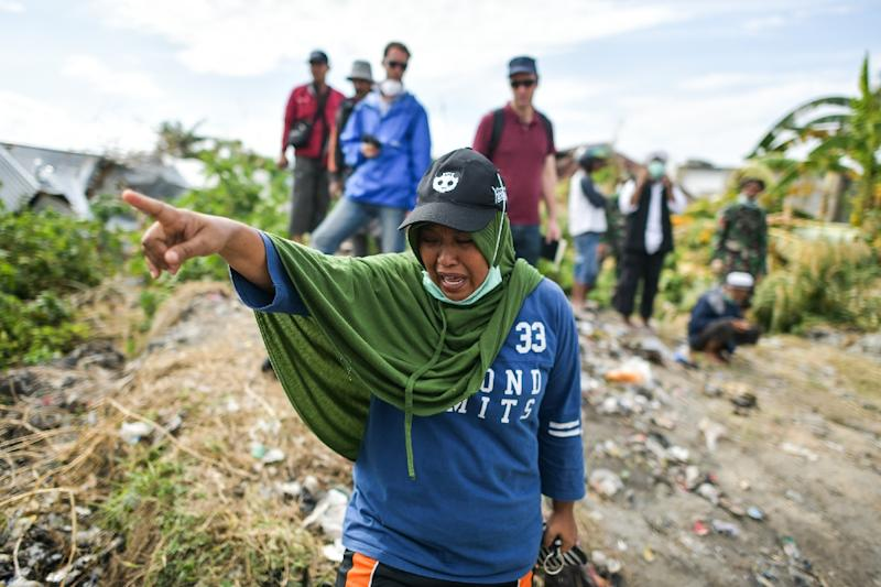 Fears 5000 are missing but Palu search to end in days