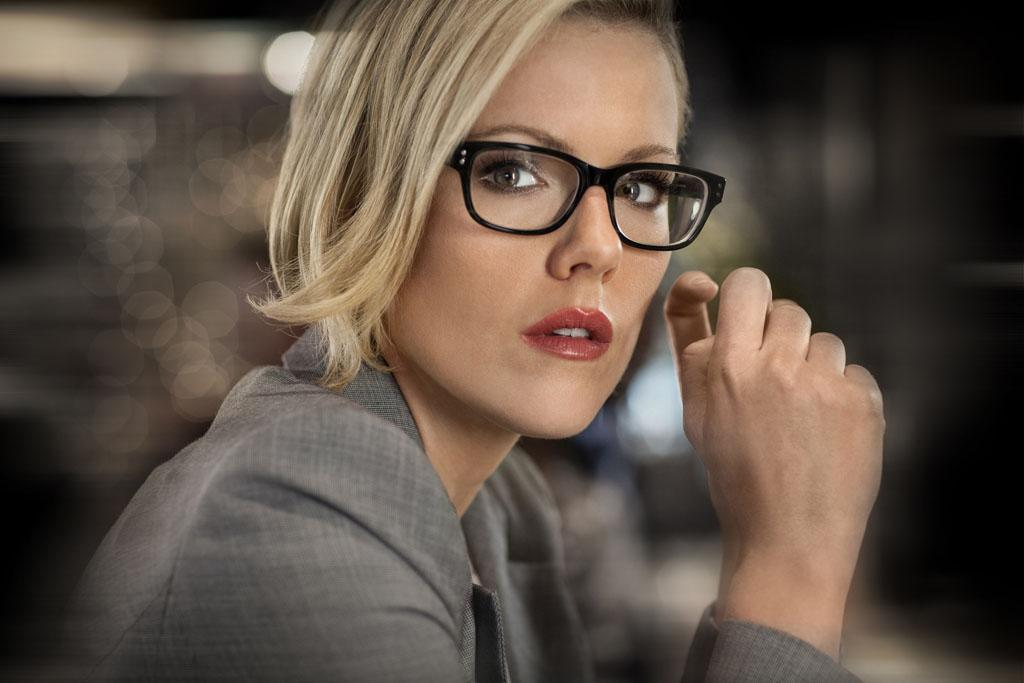 "Kathleen Robertson as Kitty O'Neil in Season 2 of ""Boss"""
