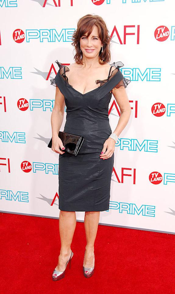 "<a href=""http://movies.yahoo.com/movie/contributor/1800046513"">Anne Archer</a> at the 37th Annual AFI Lifetime Achievement Awards - 6/11/2009"