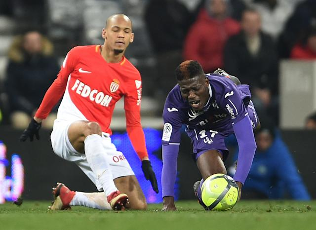 Soccer Football - Ligue 1 - Toulouse vs AS Monaco - Stadium Municipal de Toulouse, Toulouse, France - February 24, 2018 Monaco's Fabinho in action with Toulouse's Ibrahim Sangare REUTERS/Fred Lancelot