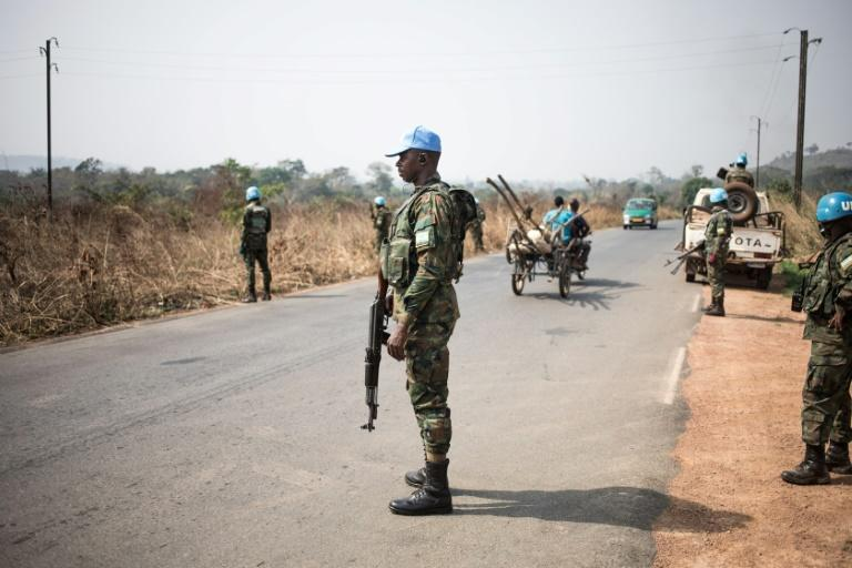 Rwandan UN peacekeepers in the Central African Republic deployed at checkpoints on the road from Bangui to Damara