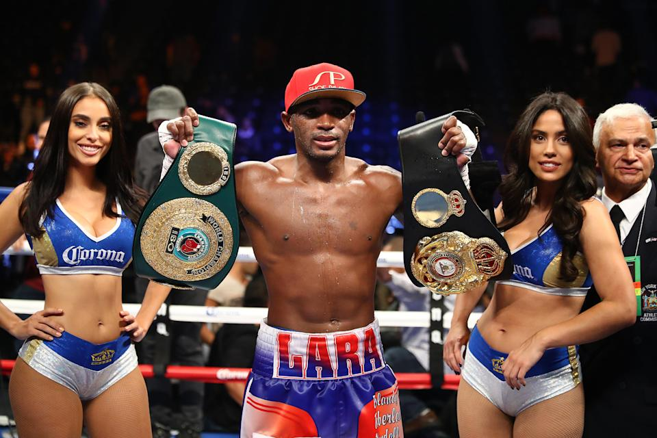 Boxing fans watching Erislandy Lara's bout against Brian Castaño on Showtime on Saturday can predict the winner in a new pick 'em game that Showtime has collaborated on with DraftKings. (Getty Images)