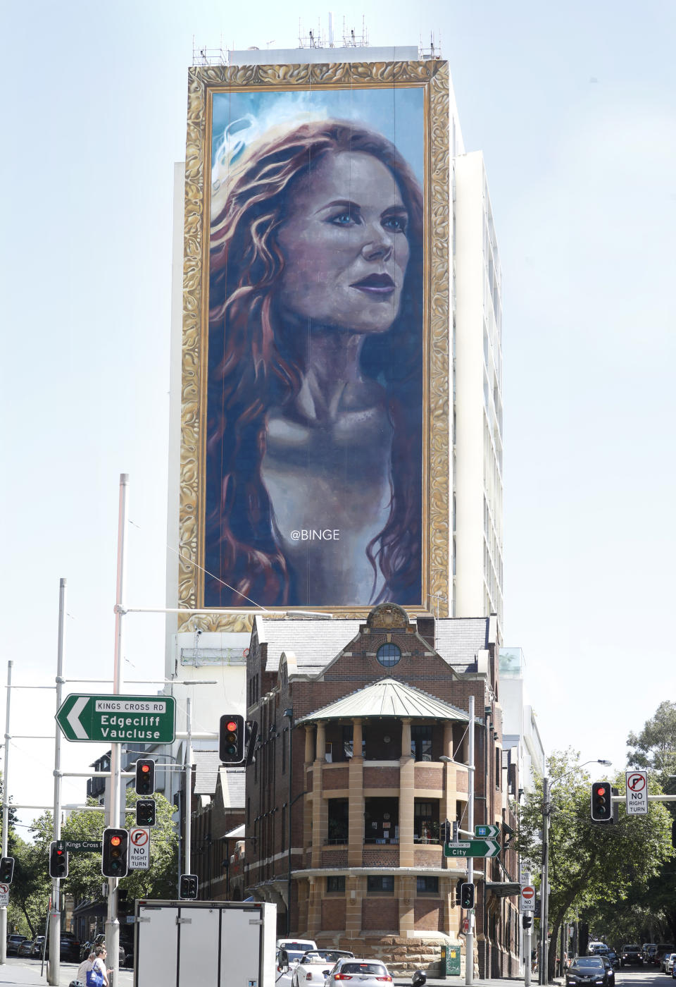 18 story portrait of Nicole Kidman appears in Sydney to celebrate the launch of the biggest thriller The Undoing streaming on Binge.