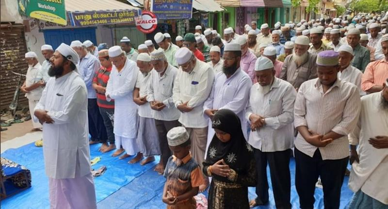 Tamil Nadu Water Crisis: After AIADMK Leaders Performed Yagnas, Madurai Muslims Offer Special Namaz for Rain