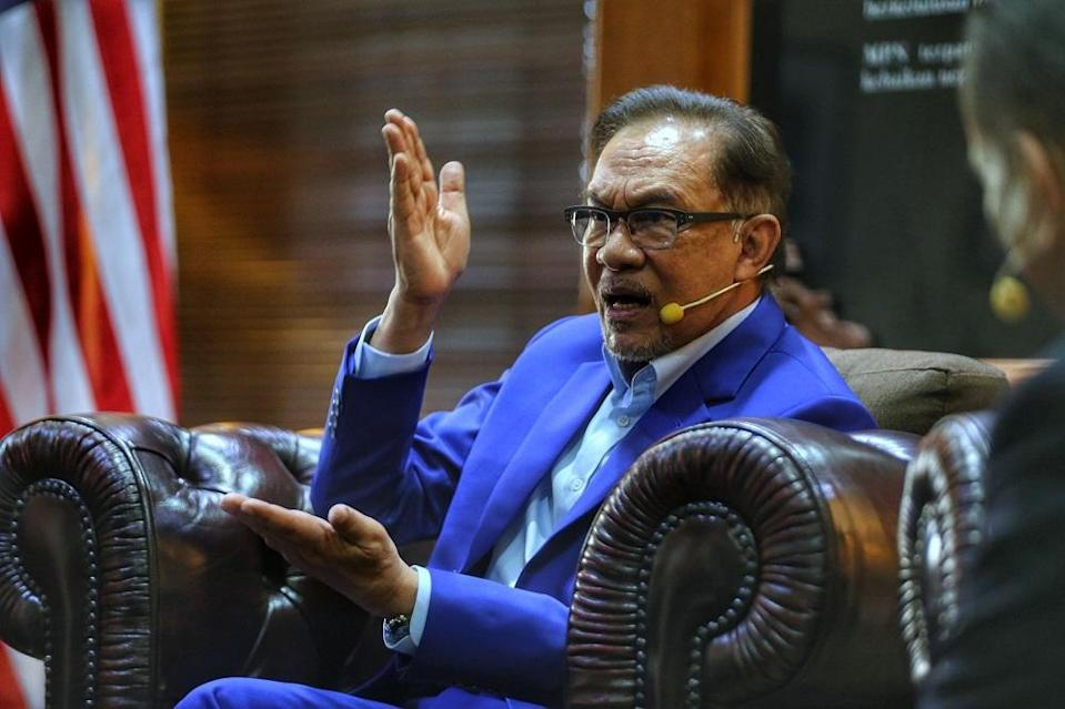 Media reports in question had quoted unnamed sources as claiming that Opposition Leader Datuk Seri Anwar Ibrahim (pic) had been granted an audience with the Yang di-Pertuan Agong today.\. ― Picture by Ahmad Zamzahuri