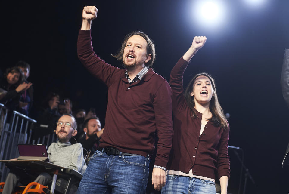 MADRID, SPAIN - NOVEMBER 08: General Secretary of Unidas Podemos, Pablo Iglesias (L) and Spokeswoman of Unidas Podemos, Irene Montero (R) talk onstage on November 08, 2019 in Madrid, Spain. Spain holds its fourth general election in four years on Sunday 10th November in a hope to break prolonged political deadlock. After the last election, the Socialist Party (PSOE) Leader, Pedro Sánchez, was unable to secure enough parliamentary support to form a government. Other parties on the ballot are left-leaning Podemos, splinter party Más País, the conservative Popular Party, centre-right Ciudadanos and the far-right Vox. (Photo by Borja B. Hojas/Getty Images)