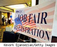 u-s-jobless-claims-improve-mildly-productivity-remains-strong