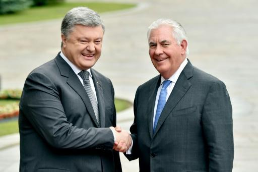 Tillerson urges Moscow to take 'first step' to ease Ukraine conflict