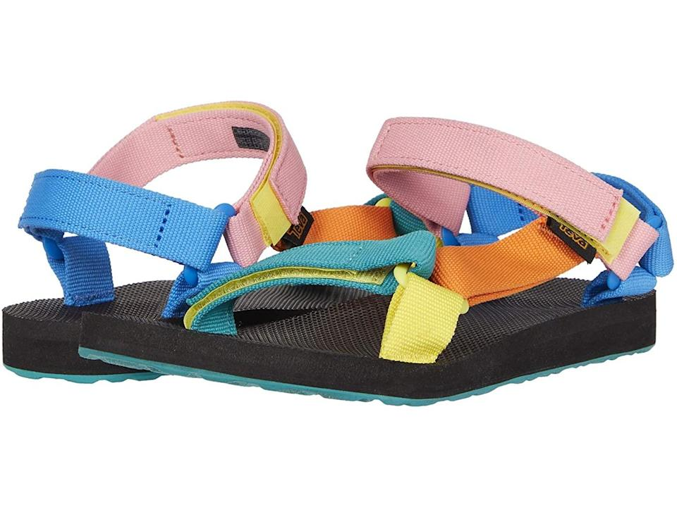 """<h2>Teva Original Universal</h2><br>""""A nice pair of sandals like these pretty Tevas are perfect for cancer to walk around town (or ride their bikes),"""" says Stardust.<br><br><strong>Teva</strong> Original Universal, $, available at <a href=""""https://go.skimresources.com/?id=30283X879131&url=https%3A%2F%2Fwww.zappos.com%2Fp%2Fteva-original-universal-90s-multi%2Fproduct%2F8149494%2Fcolor%2F842135"""" rel=""""nofollow noopener"""" target=""""_blank"""" data-ylk=""""slk:Zappos"""" class=""""link rapid-noclick-resp"""">Zappos</a>"""