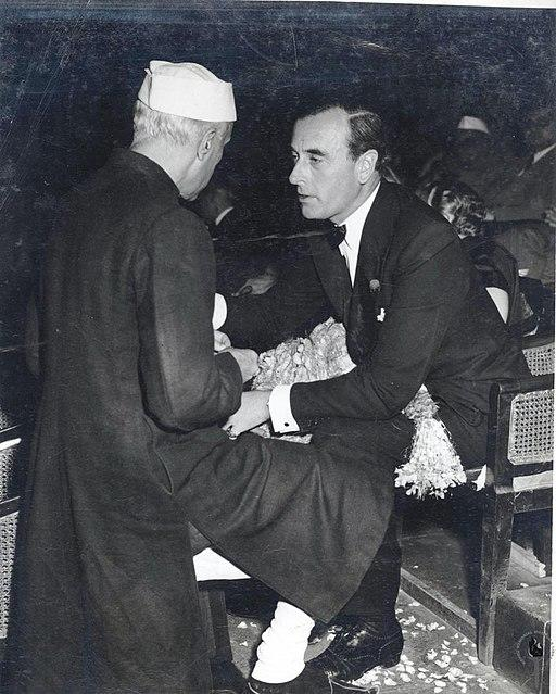 1. The date of August 15 was chosen by the Last Viceroy and first Governor General of India, Lord Mountbatten, as it was the same day in 1945 that Japan surrendered to the Allied Forces at the end of the World War II. (Image: Mountbatten with Nehru, from Wikimedia commons)