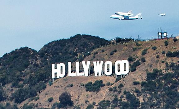 After Los Angeles Landing, Shuttle Endeavour Has One Final Journey
