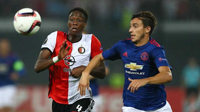 Feyenoord defender Terence Kongolo has signed a new contract with the Eredivisie leaders, tying him to the club until June 2019.