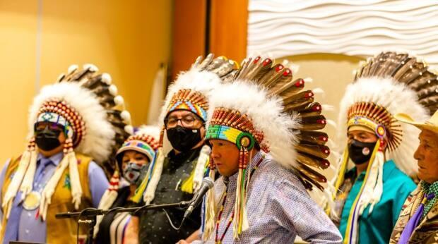Reginald Bellerose (at mic) told the Federation of Sovereign Indigenous Nations Chiefs in Assembly last month that he'd be running for the position of Assembly of First Nations Chief. (Submitted by FSIN - image credit)
