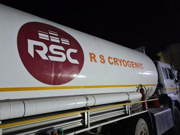 Visual of tanker that reached Jammu and Kashmir with Liquid Medical Oxygen