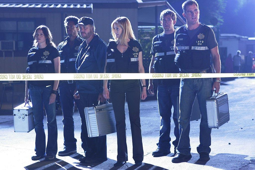"""Grissom and Catherine reunite with the CSI team after their Season 5 separation, just in time to tackle three complex murder cases. (""""Bodies in Motion"""" 9/22/2005, Season 6 Premiere)"""