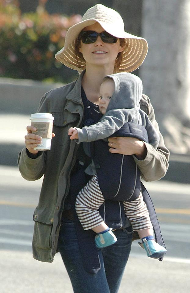 "Keri Russell makes sure she and her newborn Milo are protected from the sun. London Entertainment/<a href=""http://www.splashnewsonline.com"" target=""new"">Splash News</a> - February 18, 2008"