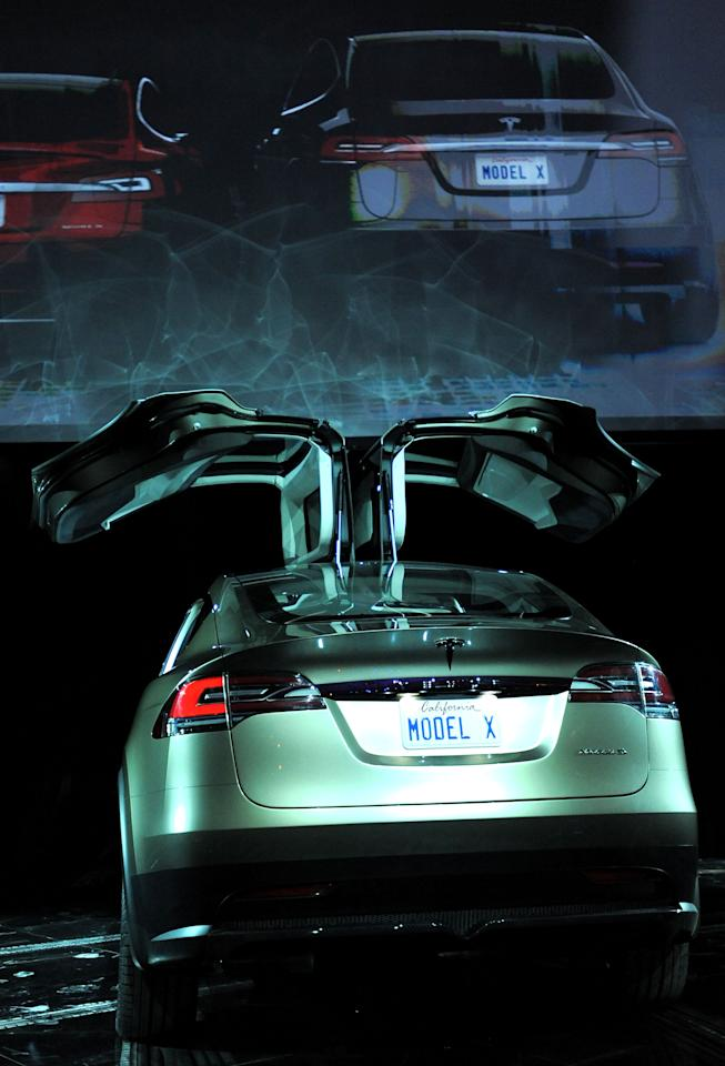 LOS ANGELES, CA - FEBRUARY 09:  General view of the atmosphere during Tesla Worldwide Debut of Model X on February 9, 2012 in Los Angeles, California.  (Photo by Jordan Strauss/Getty Images for Tesla)