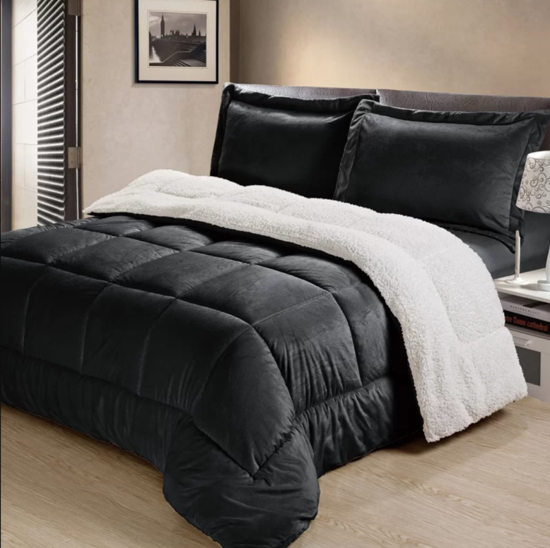 The Twillery Co. Akers Box Reversible Comforter Set. Image via Wayfair.