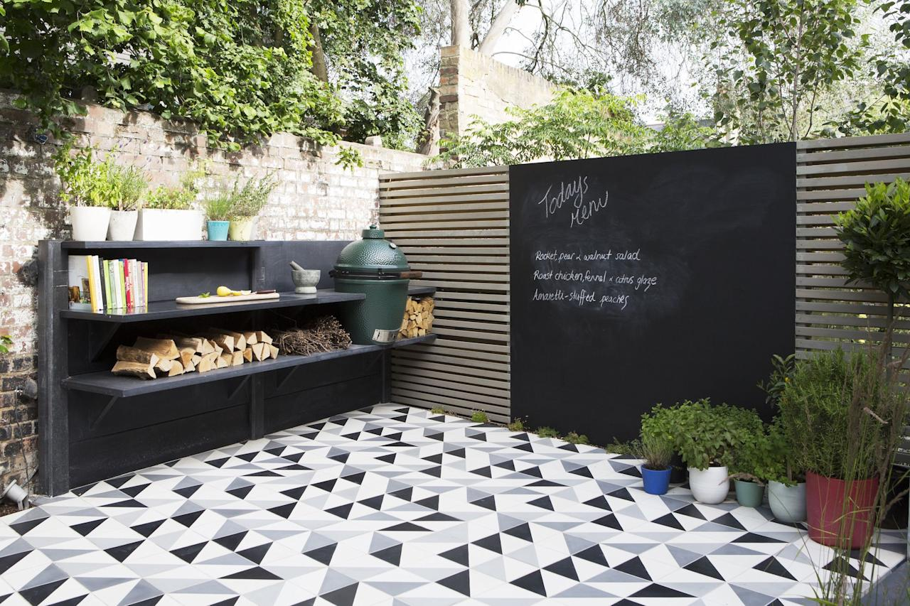 """<p><strong>Looking for some modern <a href=""""https://www.housebeautiful.com/uk/garden/designs/a495/garden-design-ideas/"""">garden ideas</a>? Now is the ideal time to liven up your garden for spring/summer. Whether you're in need of a complete garden re-design or simply want to update the functionality and look of your garden, we've compiled the top trends with insight from gardening experts and designers on planting, materials, design styles and lifestyle influences, all of which will shape our gardens for 2019 and beyond.</strong></p>"""