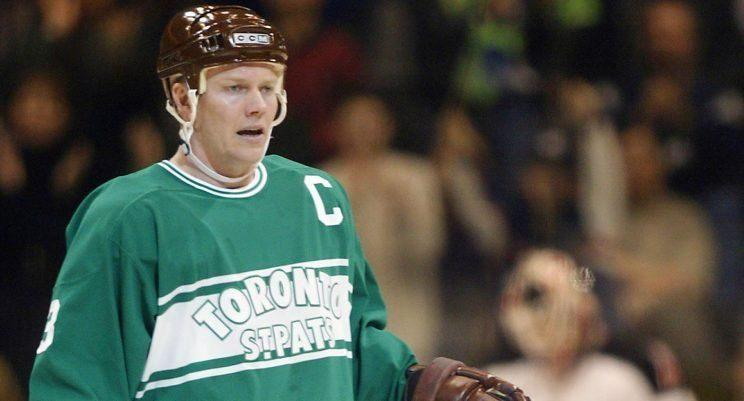 Mats Sundin sports the St. Pats look with the Leafs in a 2002 game against Buffalo. (Frank Gunn/CP)