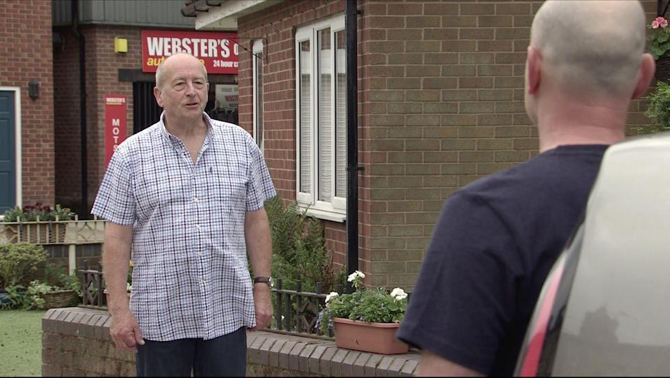 <p>Tim tells his dad that he doesn't want to be piggy in the middle any longer. As a result, he and Sally are going away to stay with Gina for a while.</p>