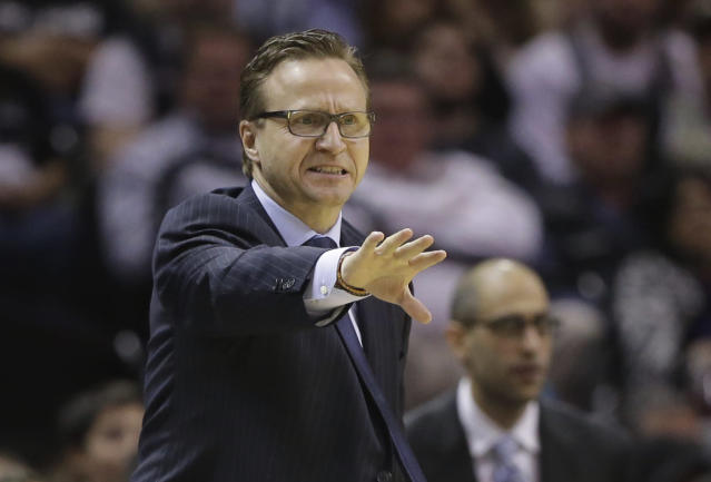 Oklahoma City Thunder coach Scott Brooks talks to his players during the second half of an NBA basketball game against the San Antonio Spurs, Wednesday, Jan. 22, 2014, in San Antonio. Oklahoma City won 111-105. (AP Photo/Eric Gay)