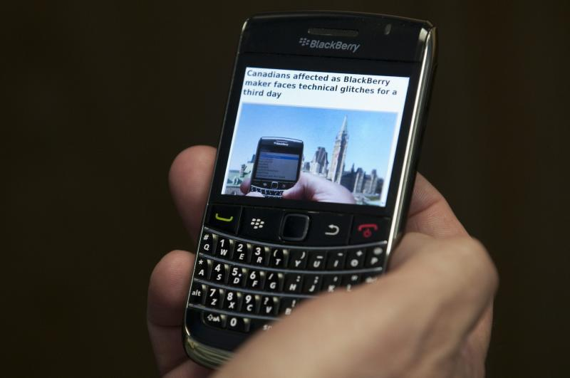 RIM offers free voice calls over Wi-Fi with BBM