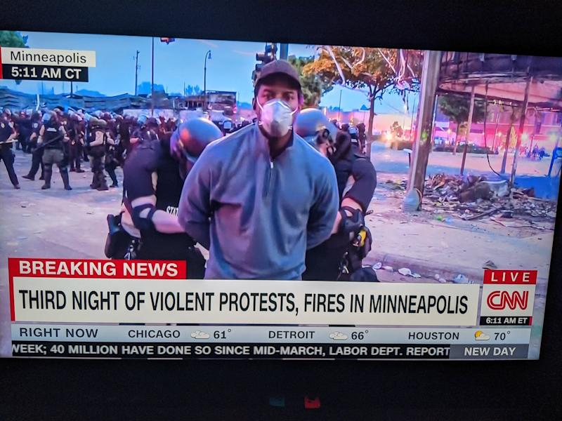 Minneapolis police arrest CNN reporter live on air