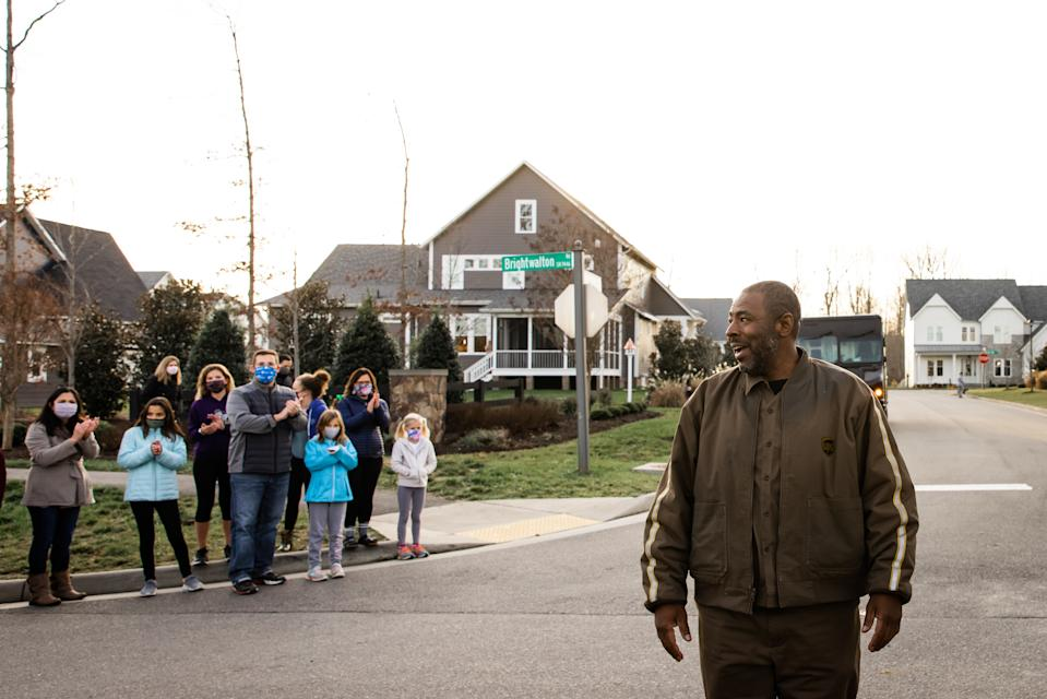 UPS driver Anthony Gaskin was given a surprise thank you by one of the neighborhoods on his route. (Photo: Lexi Hanrahan Photography)