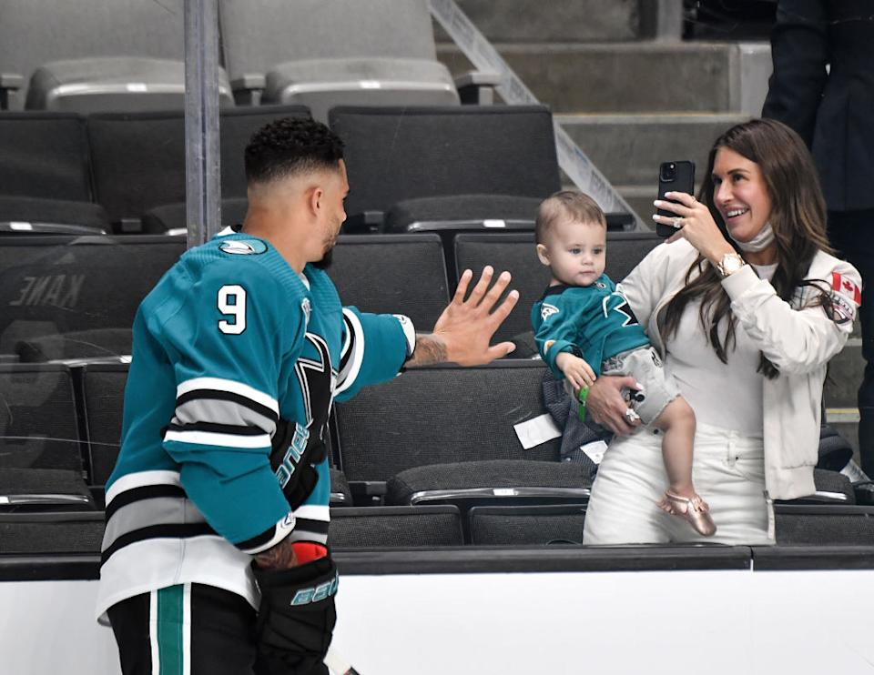 Sharks forward Evander Kane is refuting his wife Anna's allegations that he is addicted to gambling and has bet on — and thrown — his own hockey games. (Getty)